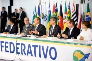 Foco dos projetos do pacto federativo é estimular economia