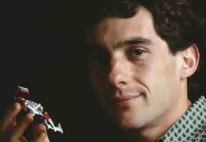 Assista a mensagem do Ayrton Senna