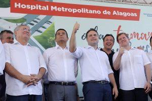 Presidente da UVB prestigia assinatura de ordem de serviço para a construção de hospital em Maceió