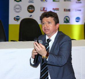 Juiz Herval Sampaio debate sobre a importância do vereador para retomada da política brasileira