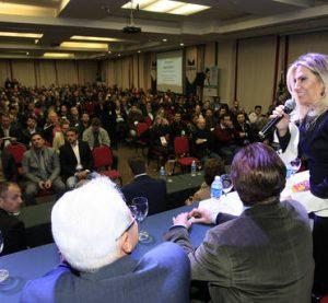 Governadora em exercício destaca papel dos vereadores
