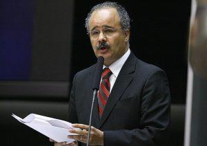Relator da Reforma Política, deputado Vicente Cândido mais um deputado confirmado