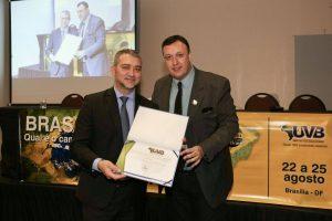 Edegar Pretto homenageado pelo vereadores do Brasil