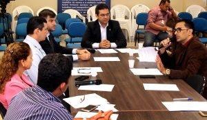 Álvaro Campelo realiza reunião para iniciar processo de elaboração do Código Municipal de Defesa do Consumidor