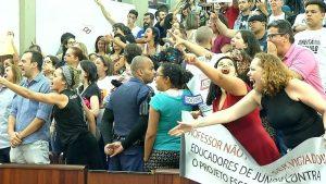 Câmara de Vereadores de Jundiaí aprova projeto de lei 'Escola sem Partido'