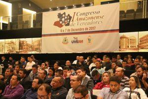 1º Congresso Amazonense de Vereadores reúne dezenas de parlamentares