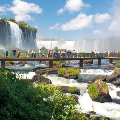 Foz do Iguaçu recebe Vereadores e Vereadoras do Brasil entre 14 e 16 de  Março