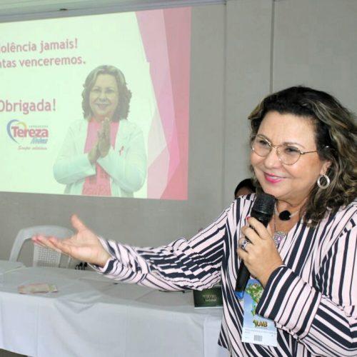 """Tereza Nelma apresentou """"As leis como forma de empoderamento da mulher"""""""