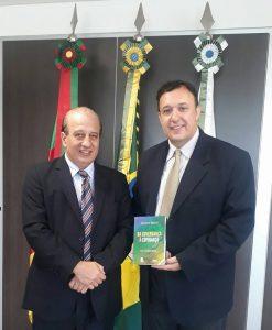 Ministro Nardes lançará Projeto de Governança Pública municipal na Marcha dos Vereadores