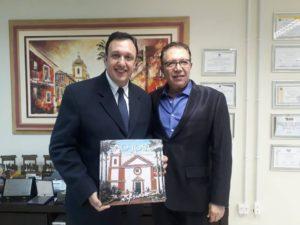 Como prefeito em exercício, vereador Orvino Coelho de Ávila recebe presidente da UVB