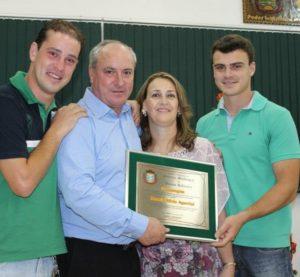 Legislativo Municipal de Pouso Redondo homenageia Servidor Moacir Agustini
