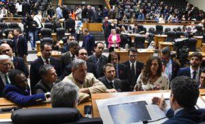 Câmara de Vereadores rejeita pedido de impeachment contra prefeito de Porto Alegre