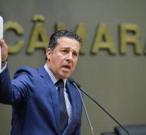 """""""Desastre"""" e """"incompetência"""": a reação de vereadores contra a prefeitura"""