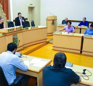 Legislativo aprova projetos de incentivo à emissão de nota fiscal