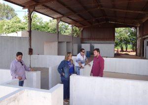 Vereadores visitam obras  do novo canil municipal