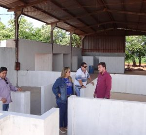Vereadores visitam obras  do novo canil municipal