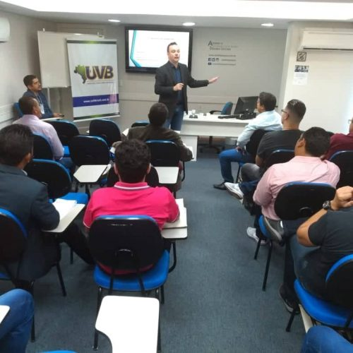 III Seminário de Formação Legislativa reuniu parlamentares e assessores em Porto Alegre