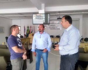 Presidente da UVB visita Legislativo Penhense