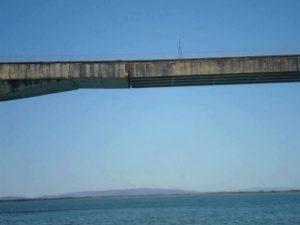 Vereador faz alerta sobre possível desastre em ponte de Porto Nacional