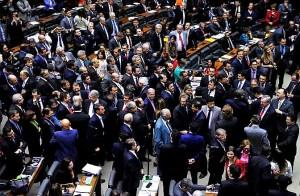 Plenário da Câmara retoma votação da reforma política nesta semana