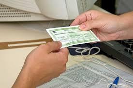 Câmara lança enquete sobre substituição do título de eleitor por Registro Civil Nacional