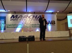 Ministro Augusto Nardes do TCU falou sobre as contas públicas na Marcha dos Vereadores