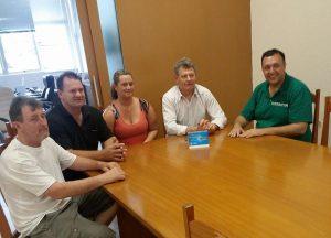 Vereador Borsatto, prefeito interino de Arvorezinha, recebe o presidente da UVB