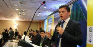 Secretário Assis Filho ministra palestra sobre ID Jovem na Marcha dos Vereadores em Brasília