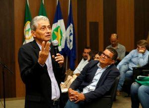 Neurilan defende união de vereadores e prefeitos em defesa dos municípios