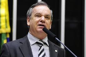Deputado Peninha autor da proposta de prorrogação dos mandatos confirmado na Marcha