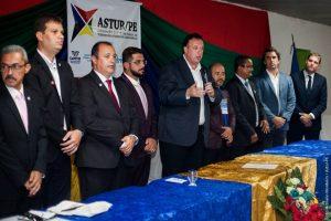 Presidente da UVB prestigia posse da ASTUR/PE