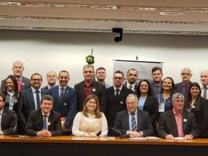 Lançada a Frente Parlamentar Mista em Defesa dos Legislativos Municipais