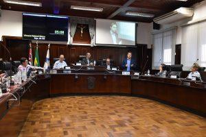 Sessão ordinária da Câmara Municipal de Itu-SP é marcada por presença da cis e moradores da rua Graciano geribello