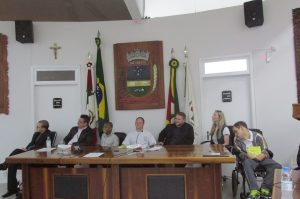 Câmara Municipal de Encantado-RS  realiza sessão para relatar a importância da Semana Nacional da Pessoa com Deficiência Intelectual e Múltipla das APAES.