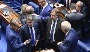 Senadores vão propor reforma do Judiciário