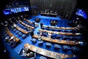 Senado aprova por unanimidade projeto que divide recursos do pré-sal