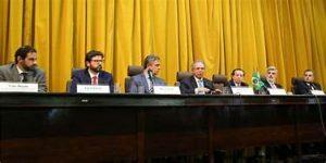 Vice Presidente  da CEF anuncia ao presidente da UVB as alterações na portaria para desburocratizar repasses a obras em municípios.