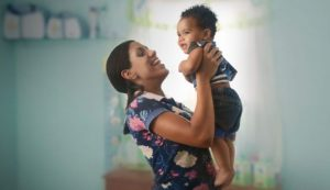 Governo federal lança campanha para ampliar adesão ao Criança Feliz