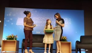 Encontro em Porto Alegre discute melhorias no programa do Livro Didático