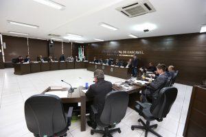 Vereadores de Cascavel-PR autorizam cessão de terreno para condomínio para terceira idade