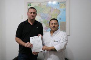 Vereador de Fortaleza dos Valos-RS visita a sede da UVB em Porto Alegre-RS