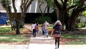 Promulgada lei que garante atendimento de psicólogo a alunos de escolas públicas