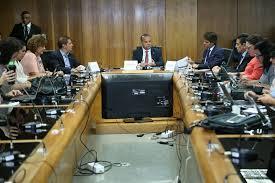Governo anuncia medidas para acelerar acesso a benefícios do INSS