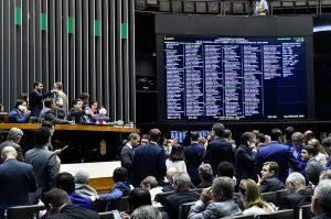 Congresso decide manter o veto dos R$ 30 bilhões do orçamento impositivo