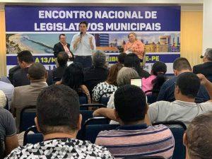 Deputado Federal participa da programação do Encontro  Nacional de legislativos da UVB.