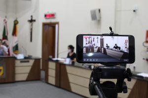 Câmara de Estrela-RS reduz salários em 20%