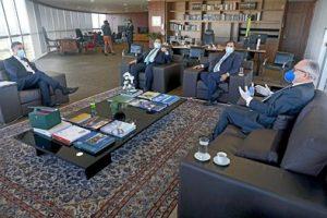 Presidente e vice do TSE conversam com Maia e Alcolumbre sobre eleições municipais