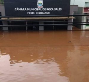 Enchentes atinge diversos municípios no Rio Grande do Sul