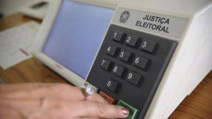 TSE proíbe realização de lives eleitorais nas campanhas municipais.