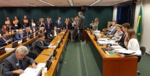 Ao vivo: comissão da reforma tributária debate propostas em tramitação